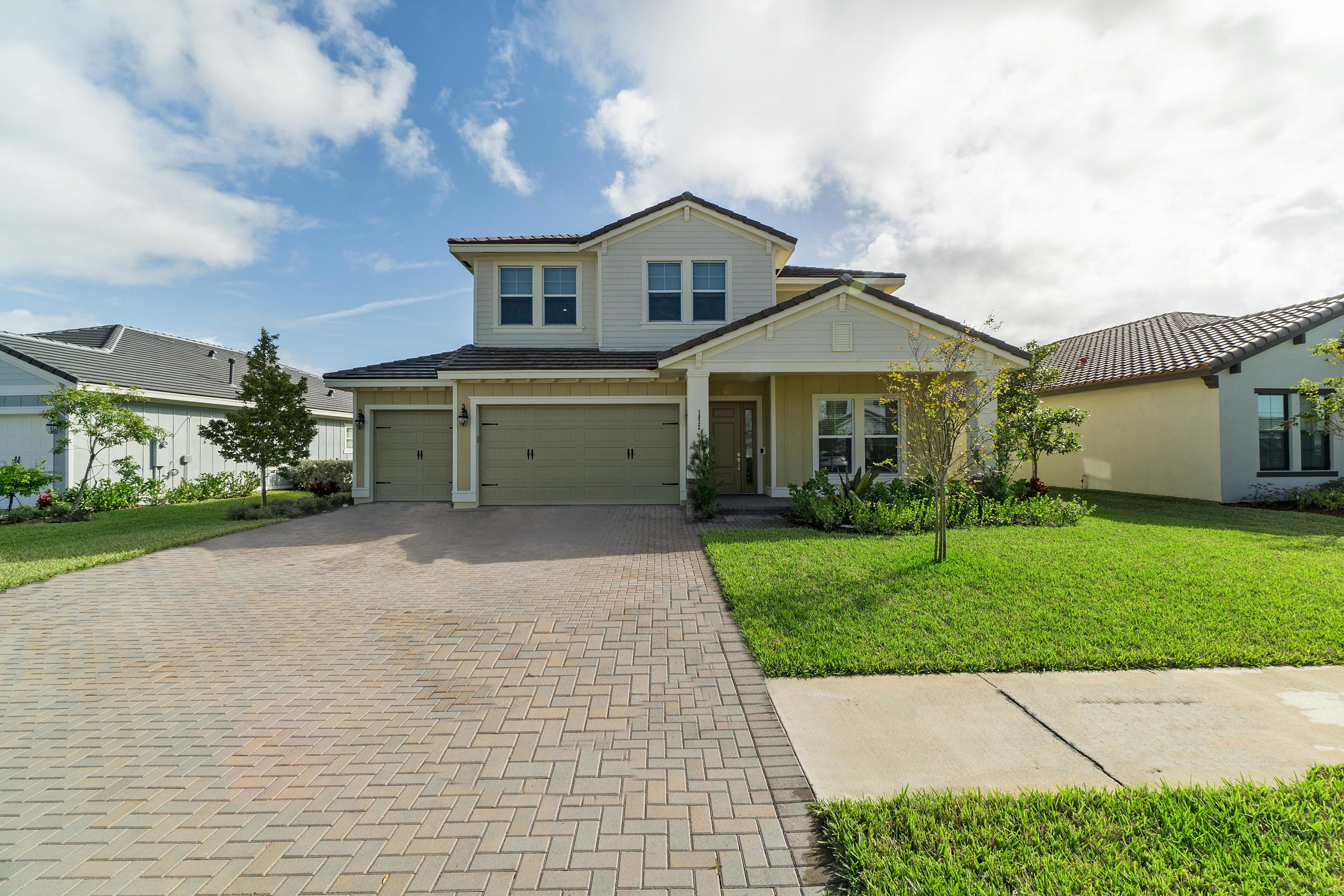 1032 Sterling Pine Place - Loxahatchee, Florida