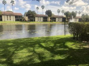 10271 N Circle Lake Drive 102 For Sale 10600701, FL
