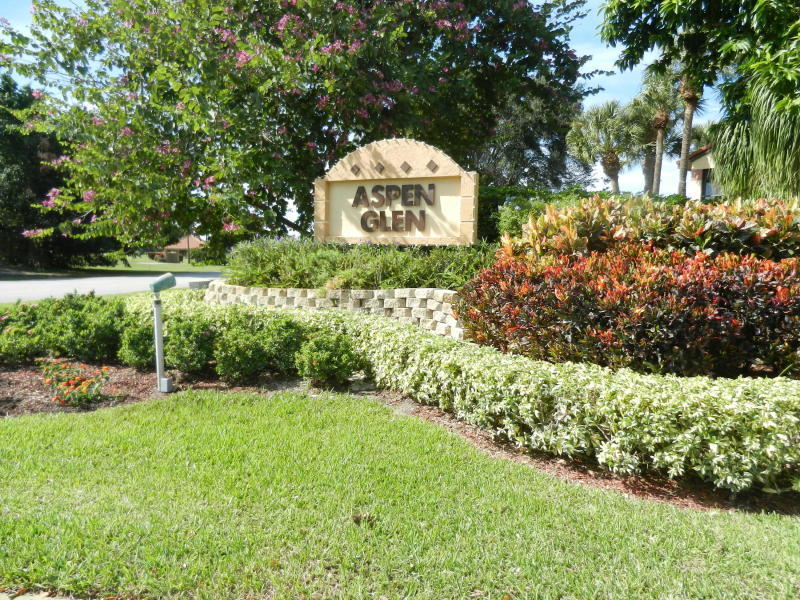 Home for sale in Indian Spring, Aspen Glen Boynton Beach Florida