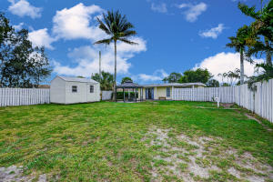 2839  Seminole Road  For Sale 10600916, FL