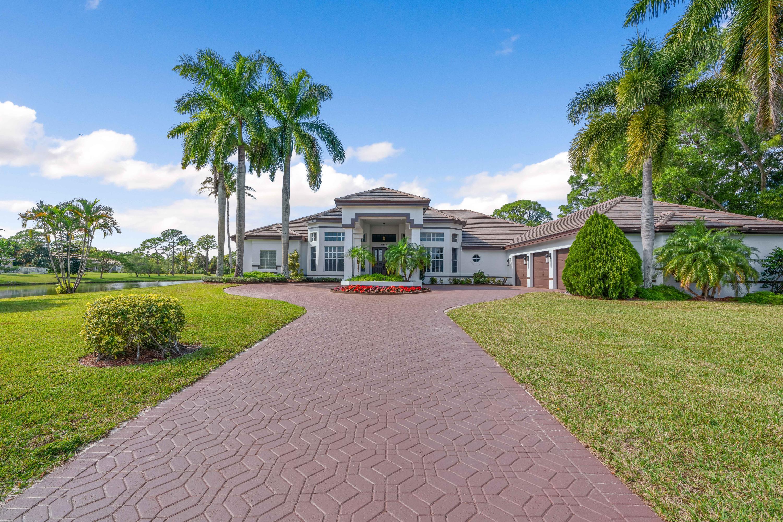 8131 Woodsmuir Drive Palm Beach Gardens, FL 33412 photo 3