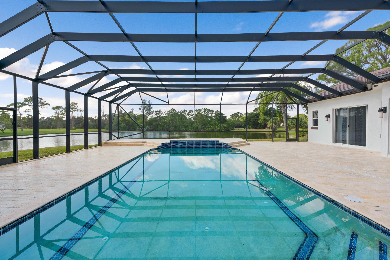 8131 Woodsmuir Drive Palm Beach Gardens, FL 33412 photo 7