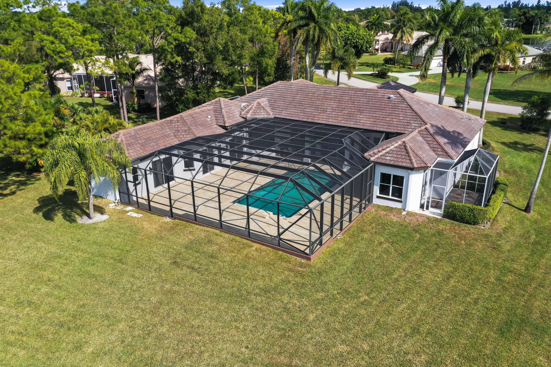 8131 Woodsmuir Drive Palm Beach Gardens, FL 33412 photo 18