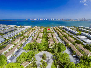 1035  Lake Shore Drive 202 For Sale 10601849, FL