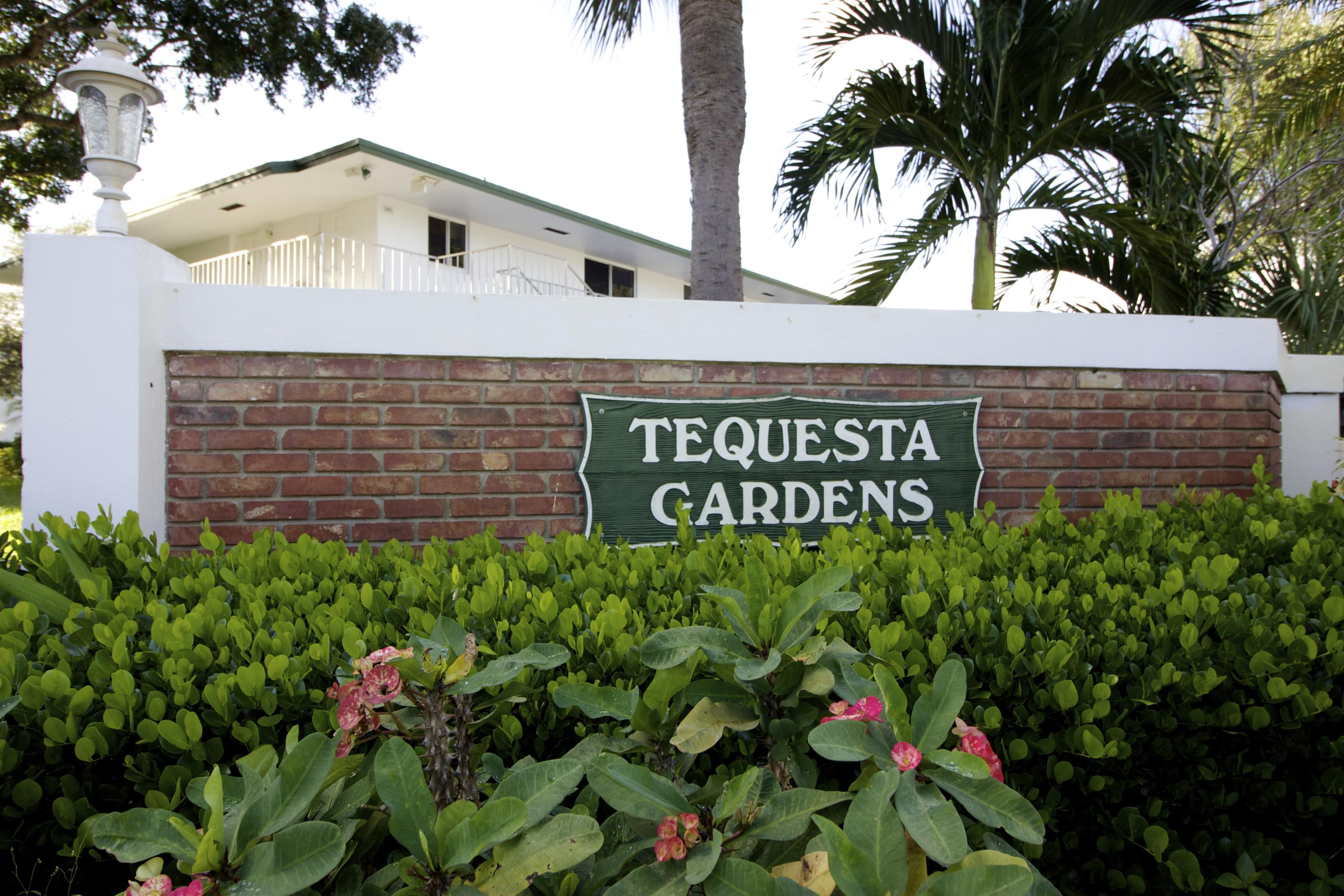 Home for sale in Tequesta Garden Tequesta Florida