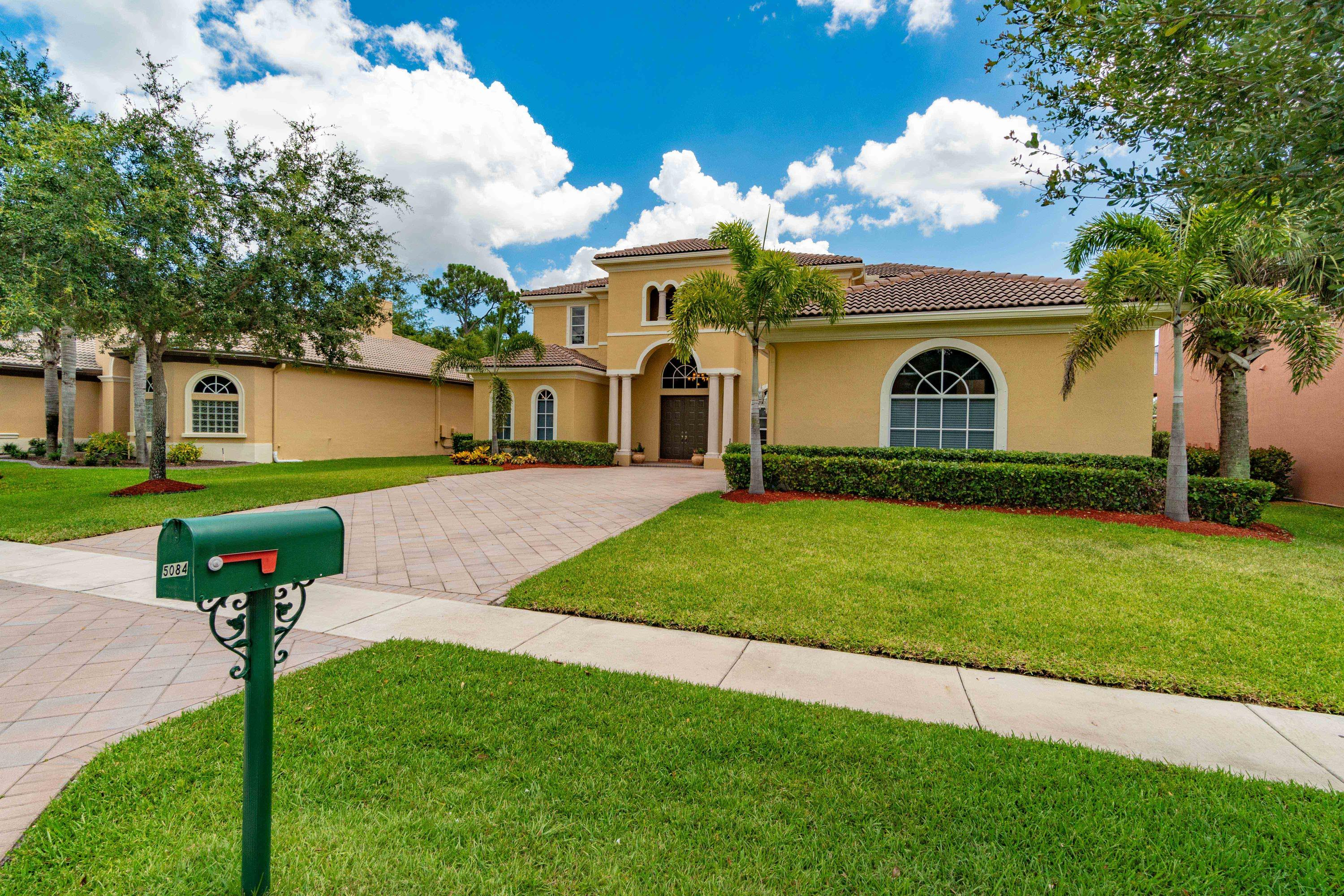 5084 Forest Dale Drive  Lake Worth FL 33449