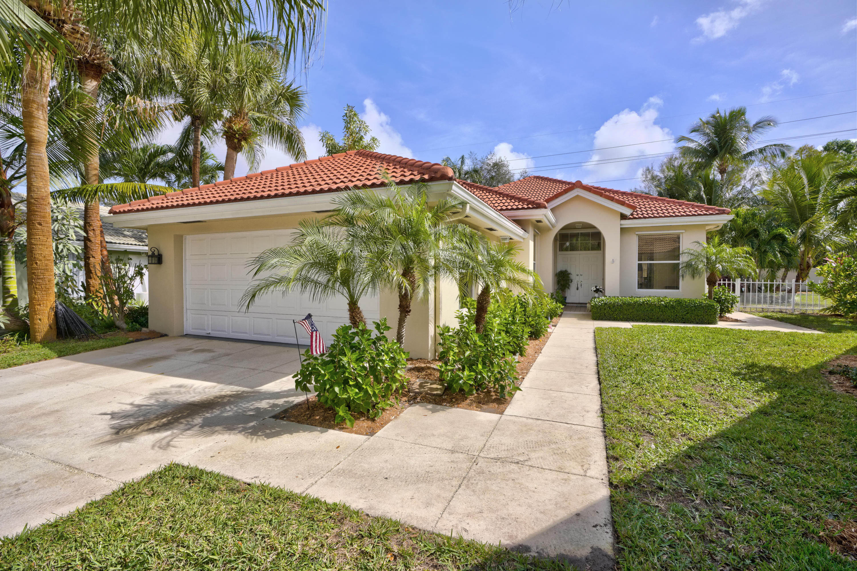 Home for sale in hamptons at maplewood Jupiter Florida