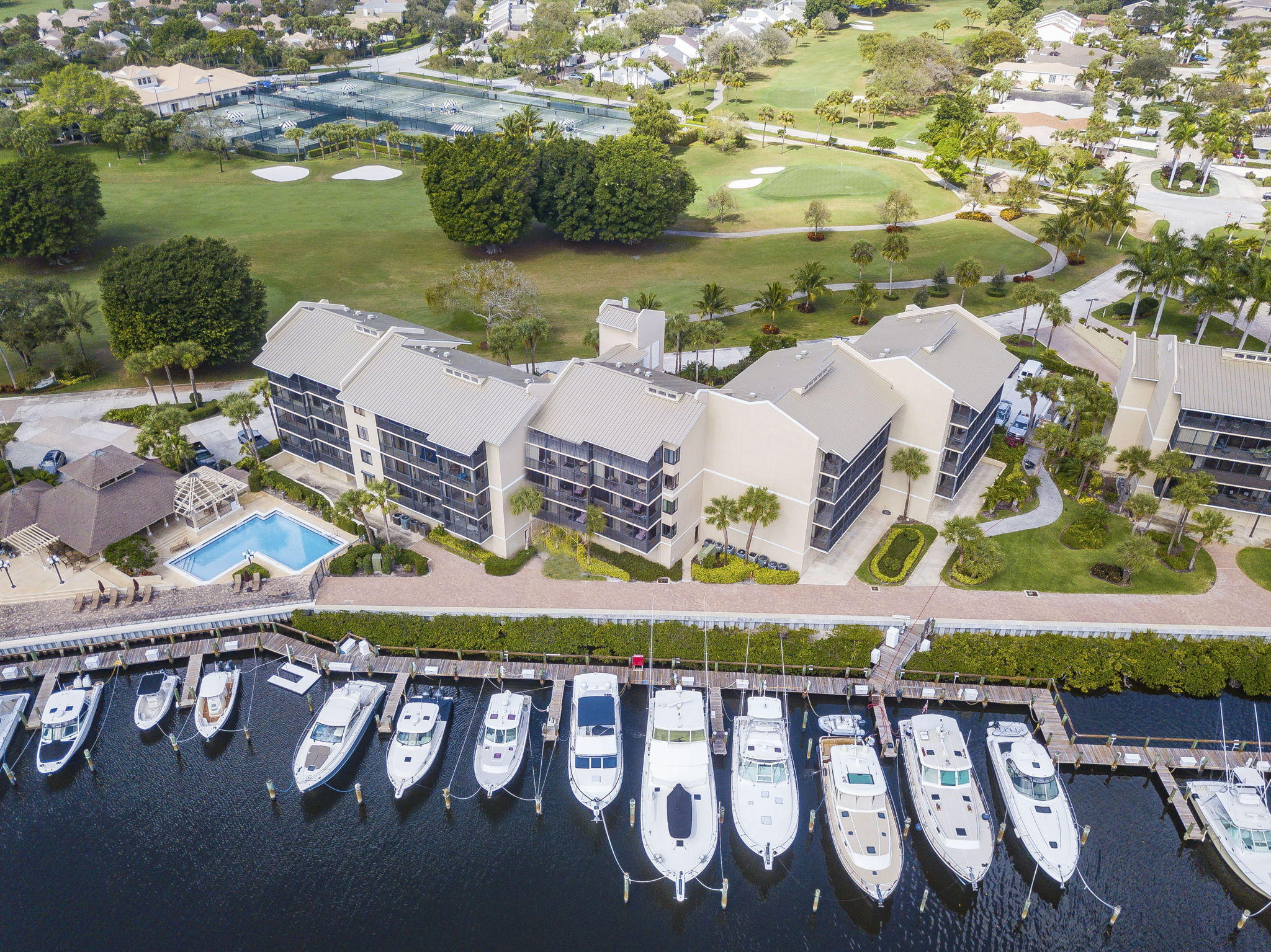 16910 Bay Street E303, Jupiter, Florida 33477, 2 Bedrooms Bedrooms, ,2 BathroomsBathrooms,A,Condominium,Bay,RX-10602126