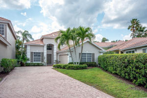 8353  Heritage Club Drive  For Sale 10601558, FL