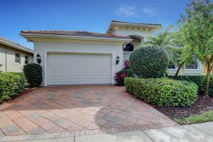 4098  Briarcliff Circle  For Sale 10601348, FL