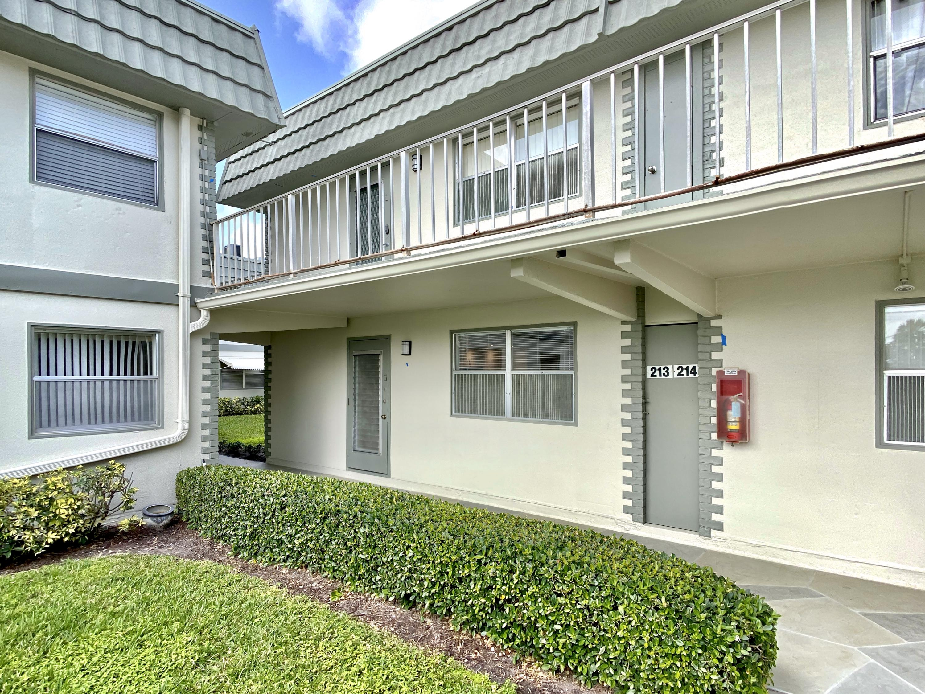 Home for sale in Kings Point, Flanders Delray Beach Florida