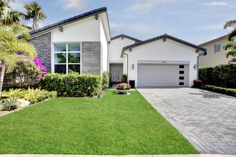 4852 Marginada Way Lake Worth, FL 33467