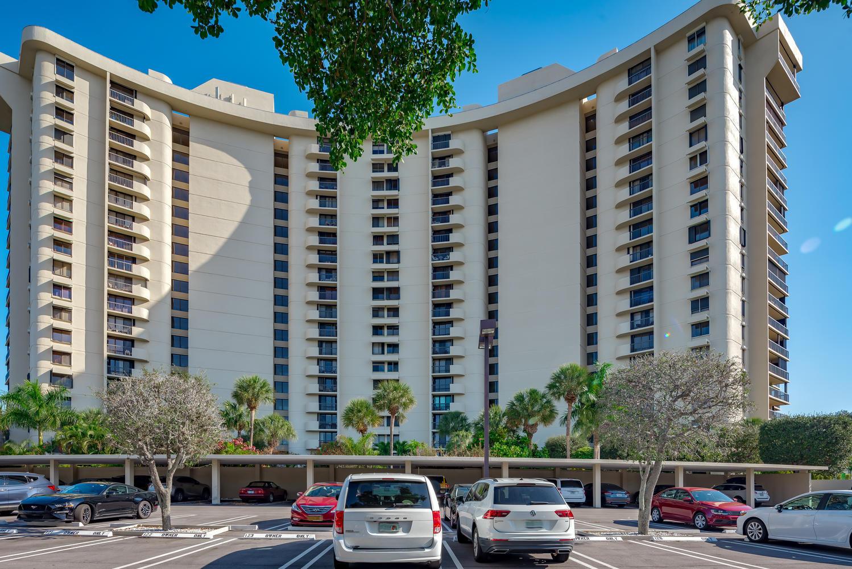 2450 Presidential Way 306 West Palm Beach, FL 33401 photo 18