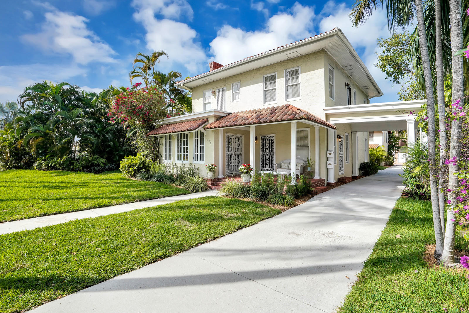229 9th Street, West Palm Beach, Florida 33401, 5 Bedrooms Bedrooms, ,4.1 BathroomsBathrooms,A,Single family,9th,RX-10602217