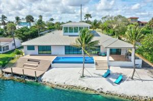 140  Ocean Drive  For Sale 10601460, FL