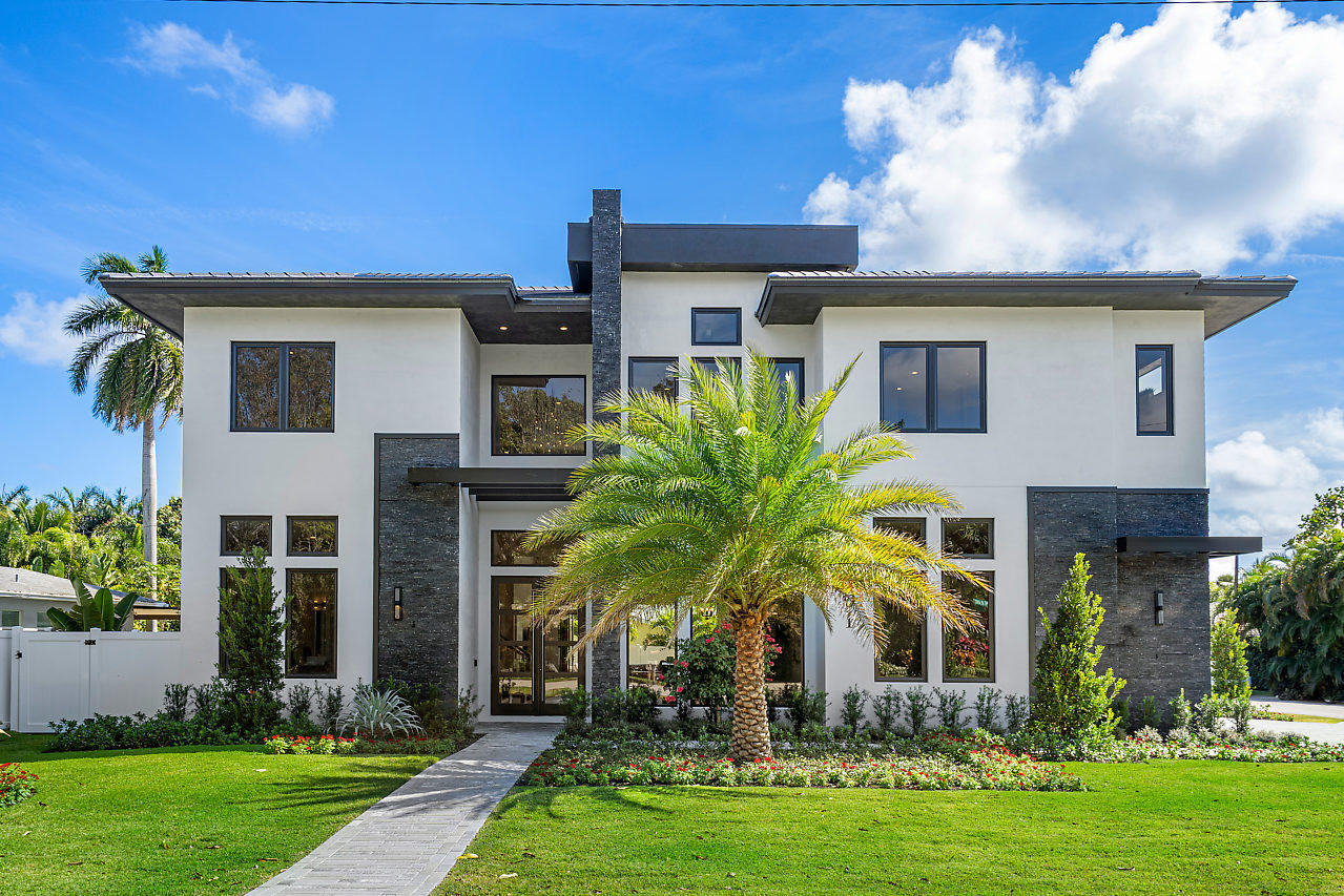 801 NE 5th Street Delray Beach, FL 33483 photo 2