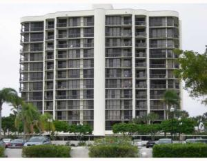 2427  Presidential Way 204 For Sale 10602467, FL