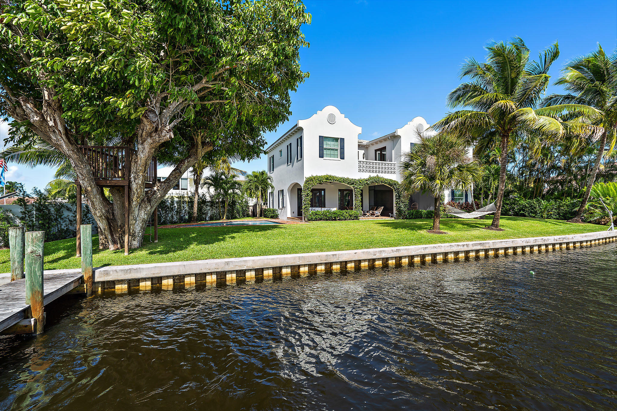 9217 SE Cove Point Street - Tequesta, Florida