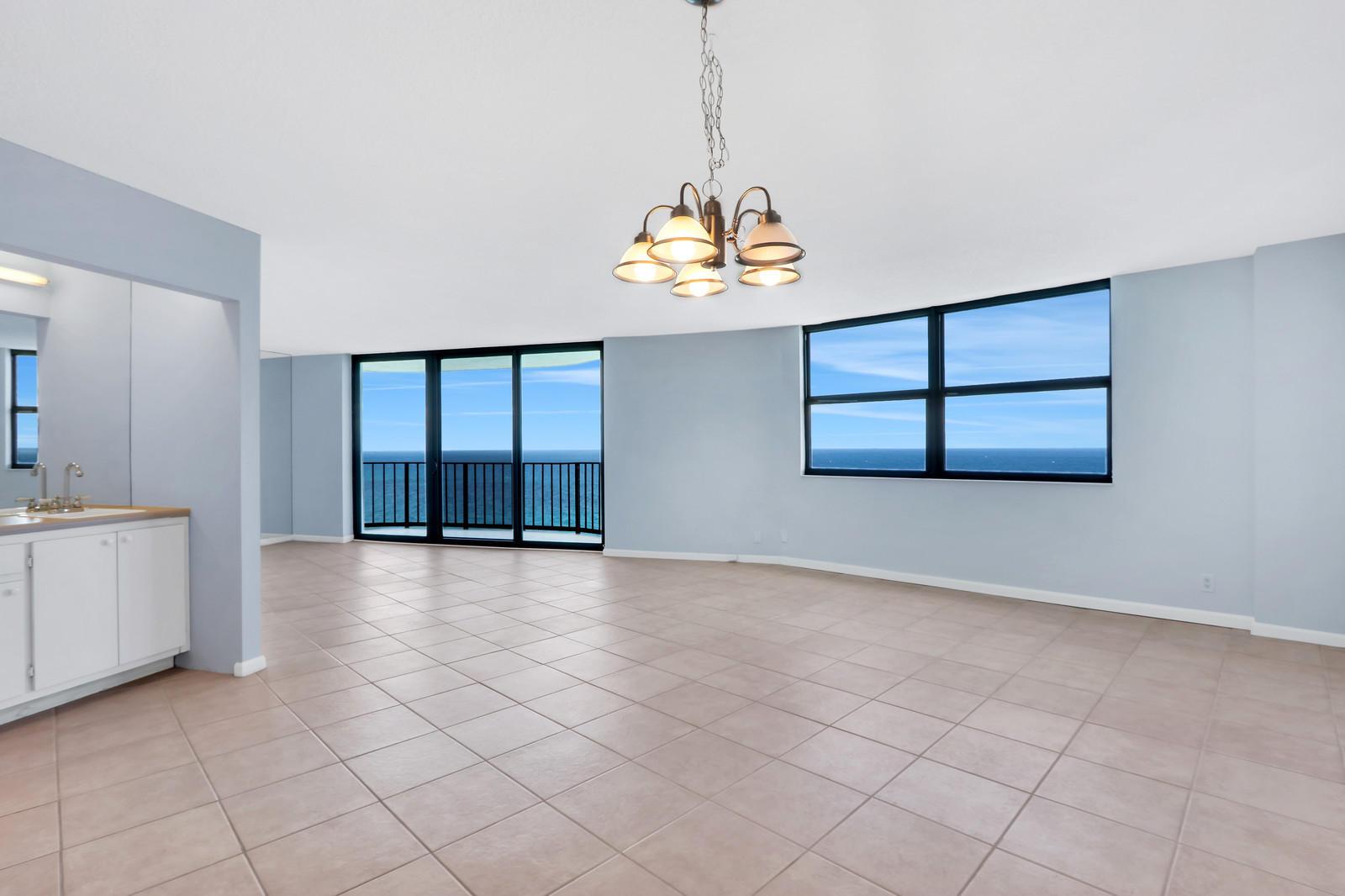 5420 N Ocean Drive 2401  Singer Island FL 33404