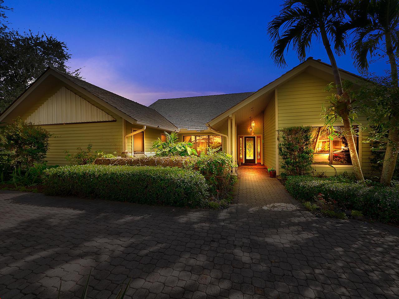 5824 Glen Eagle Way, Stuart, Florida 34997, 3 Bedrooms Bedrooms, ,2.1 BathroomsBathrooms,A,Single family,Glen Eagle,RX-10602665