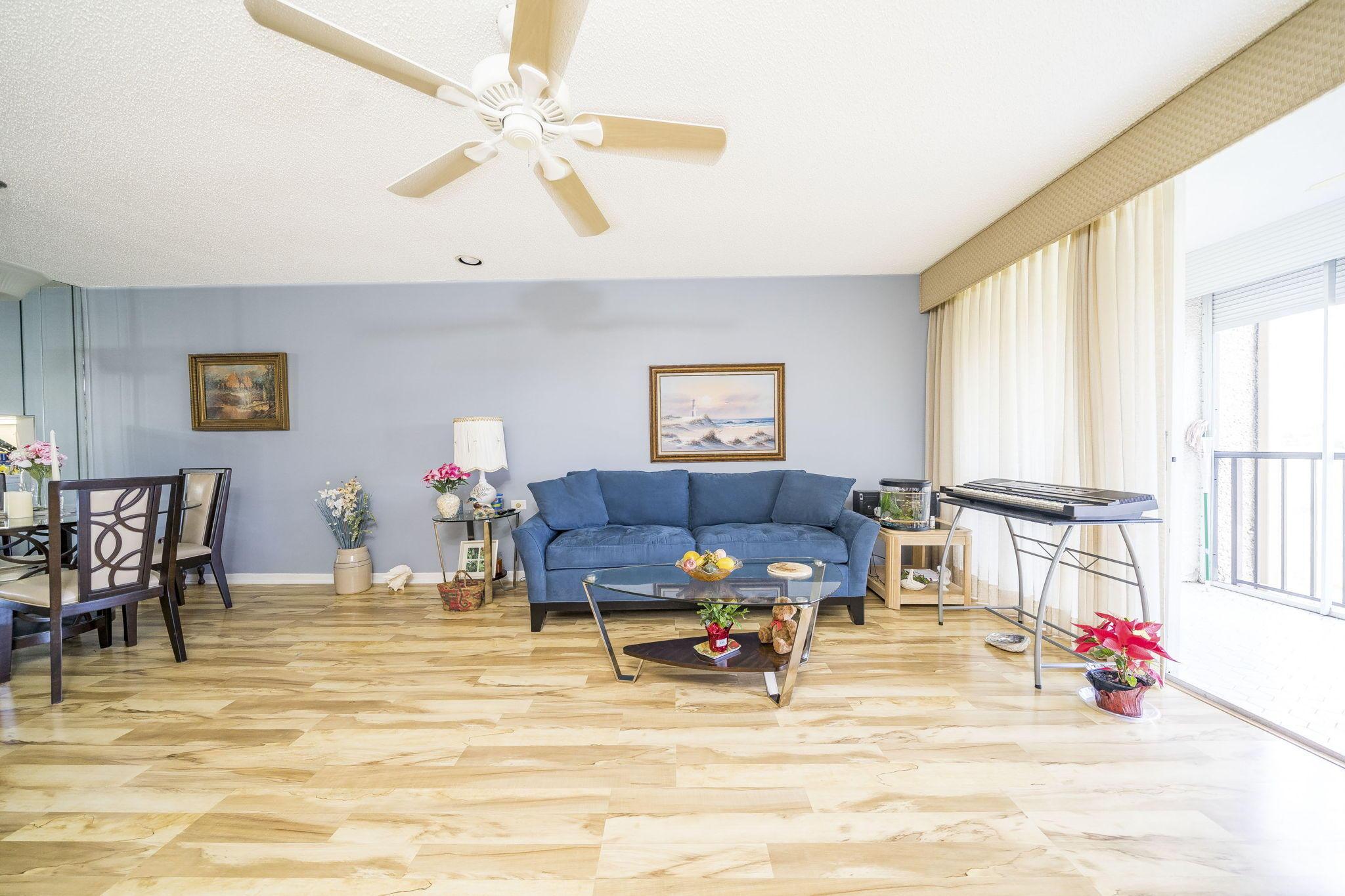 4242 Deste Court 203 Lake Worth, FL 33467