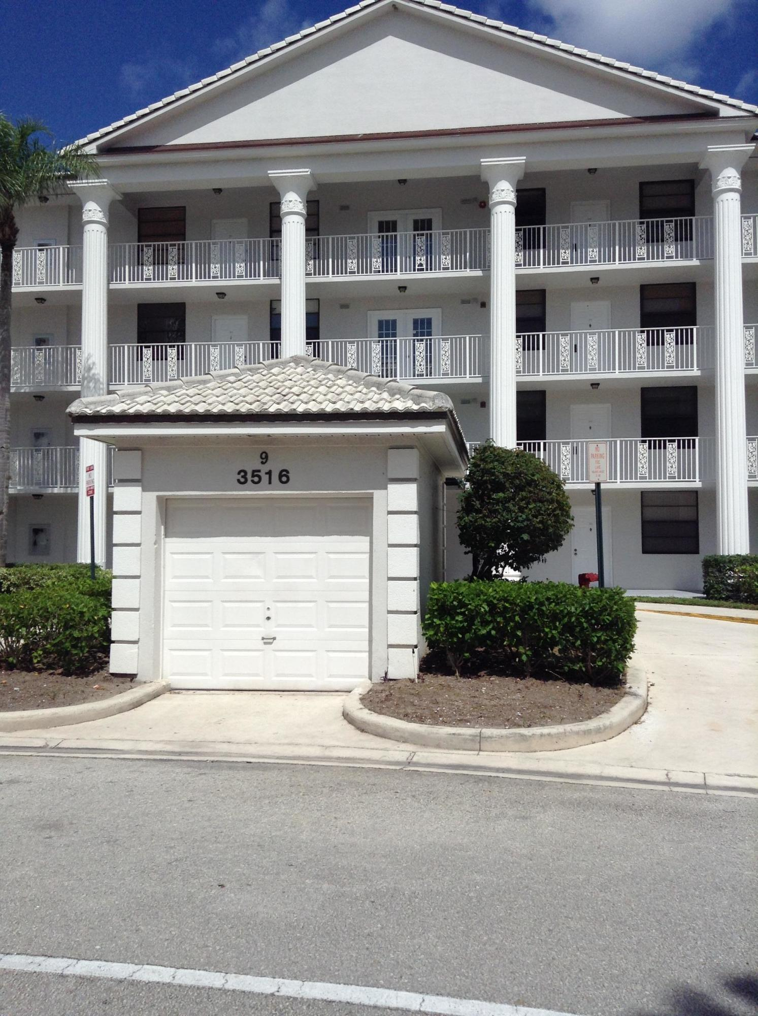 Photo of 3516 Whitehall Drive #405, West Palm Beach, FL 33401