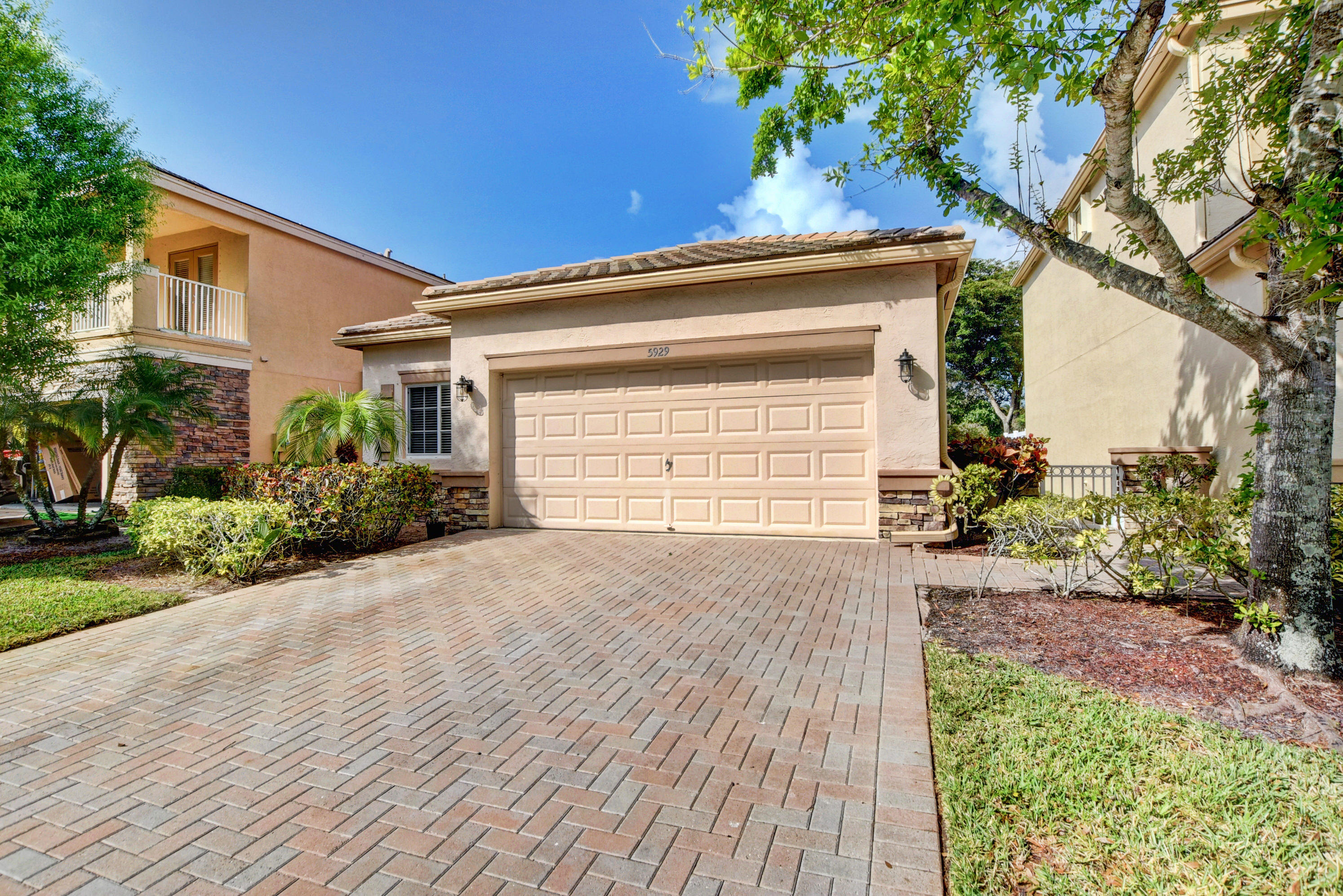 5929 Asturian Trail Lake Worth, FL 33449