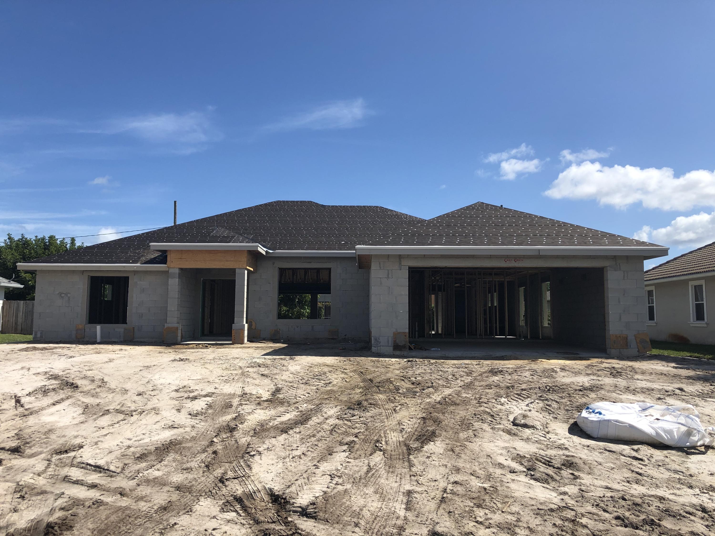 Photo of 3454 SE Hart Circle, Port Saint Lucie, FL 34984
