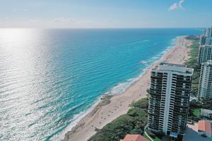 4000 N Ocean Drive 703 For Sale 10583125, FL