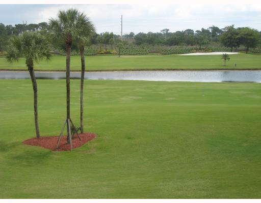 4242 Deste Court 304 Lake Worth, FL 33467