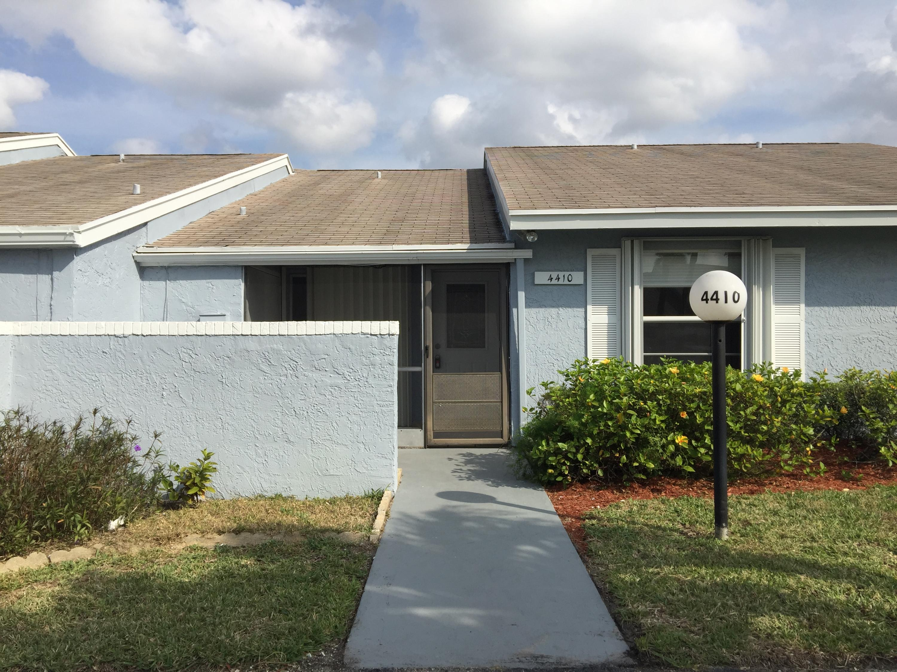 Home for sale in VILLAS AT LUCERNE LAKES 2 Lake Worth Florida