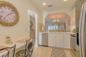 212  Lake Meryl Drive  For Sale 10603160, FL