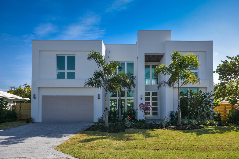 900 NE 3rd Avenue  Boca Raton, FL 33432