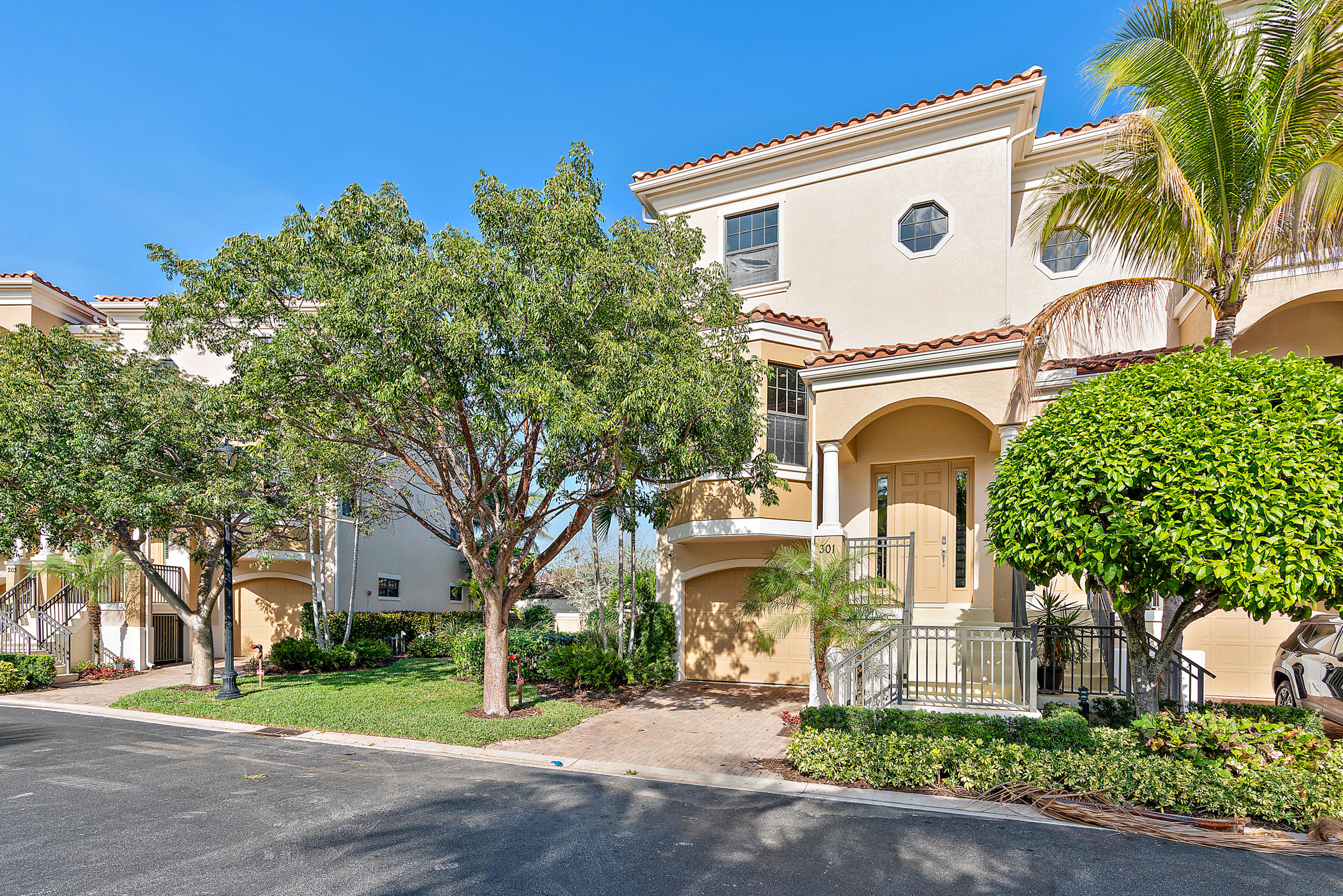 301  Del Sol Circle, one of homes for sale in Tequesta