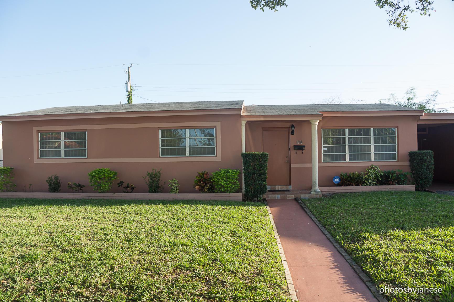 1710 185th Miami Gardens FL 33056