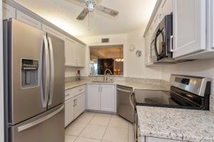 23249  Barwood Lane 306 For Sale 10603268, FL
