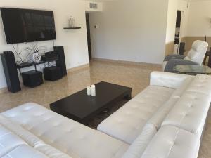 875 E Camino Real  3e For Sale 10593521, FL