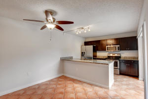 7202  72nd Way  For Sale 10603567, FL