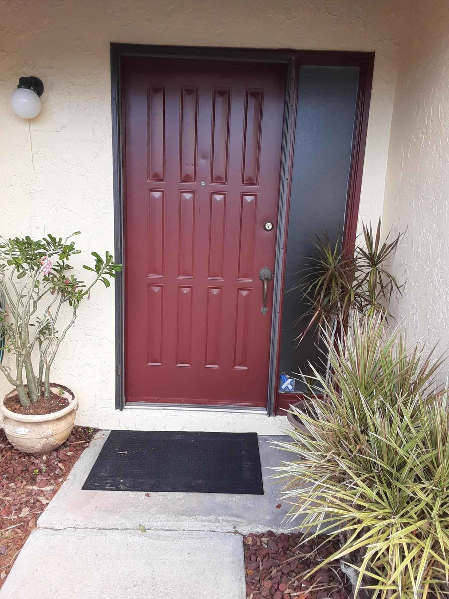 74 Macadamia Court Royal Palm Beach, FL 33411