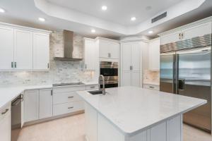 1027  Harbor Villas Drive  For Sale 10604230, FL