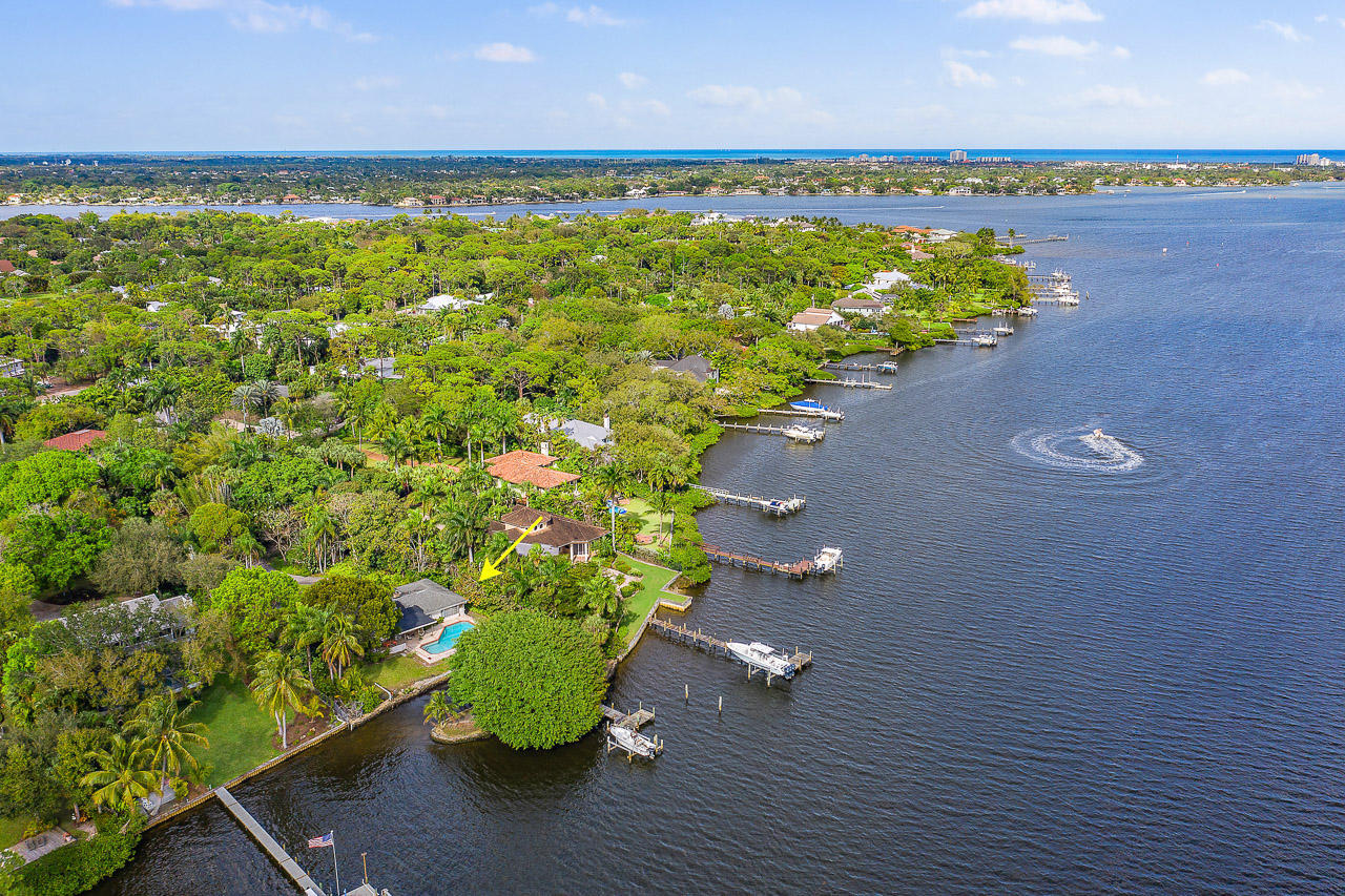 5564  Pennock Point Road, one of homes for sale in Jupiter