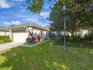 1962  Westhampton Court  For Sale 10604649, FL