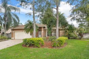 Beautiful Newly remodeled CBS home with NO HOA fees in which includes:  NEW Roof, Complete kitchen and wet bar area, large 24x24 tiles, cabana guest bathroom, a/c, new mbr bathroom countertop. Mbr remodeled 3 years ago. This home has been freshly painted inside and out offers accordion shutters, large driveway on a cut de sac which great for parking 4 cars or more. This was a model home which has tiled garage floor, separate area could be 4th room or office or hobby room.  Split plan with large walk in closets in each room and entire house is tiled.  Inground pool on a large oversized pie shape cul de sac private lot.