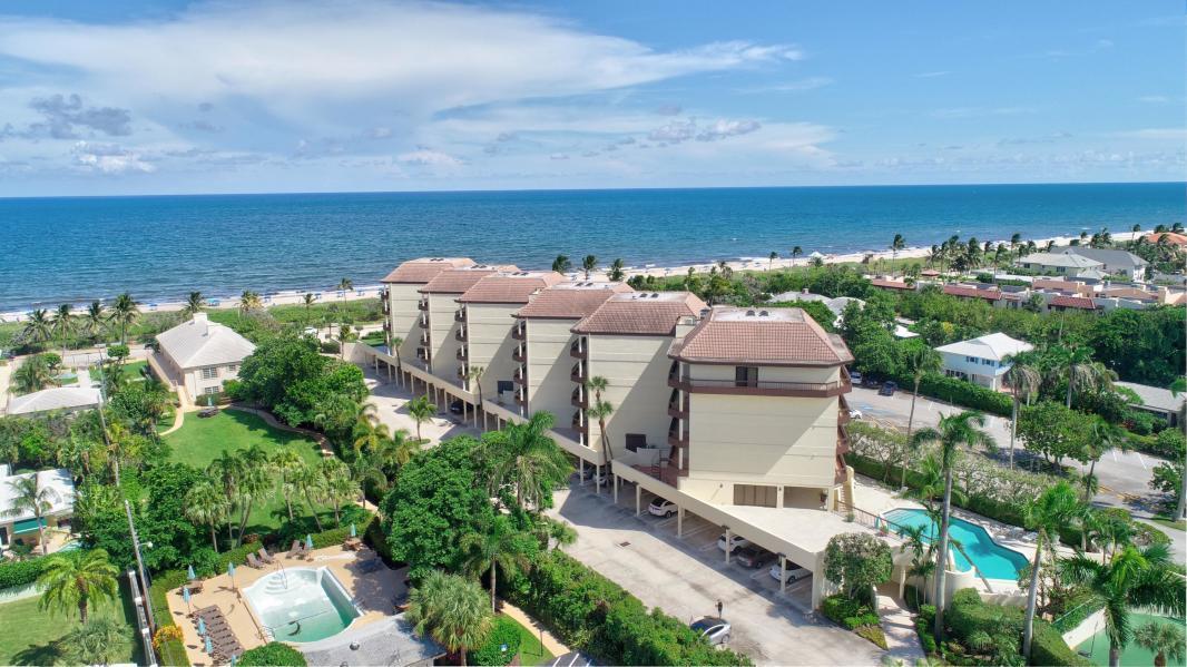120 Ocean Boulevard, Delray Beach, Florida 33483, 4 Bedrooms Bedrooms, ,3 BathroomsBathrooms,Condo/coop,For Sale,Ocean,RX-10605216