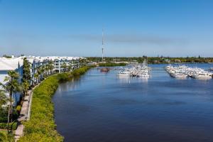 Harborage Yacht & Condo