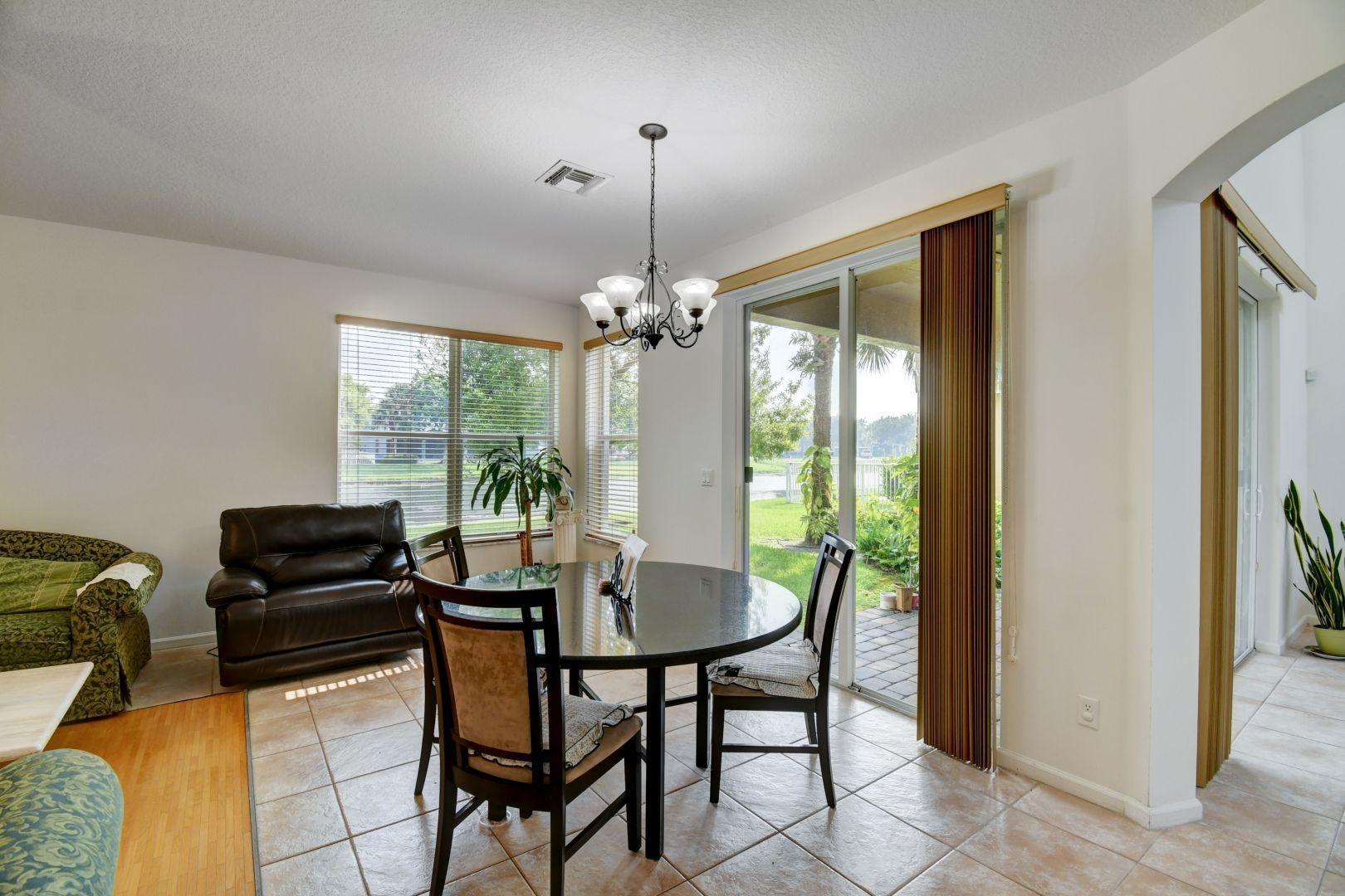 9311 Sedgewood Drive Lake Worth, FL 33467 photo 11