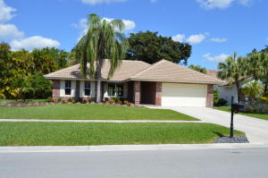 10235  Harbourtown Court  For Sale 10604150, FL