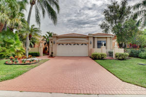17240  Hampton Boulevard  For Sale 10605621, FL
