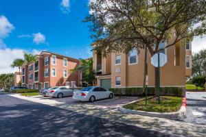 11730  Saint Andrews Place 302 For Sale 10605885, FL