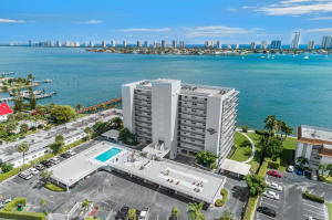 3040  Lake Shore Drive 504 For Sale 10606502, FL